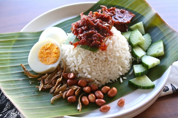 Singapore-food-Nasi Lemak