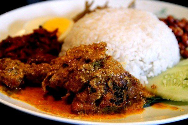 Thưởng thức ẩm thực Indonesia