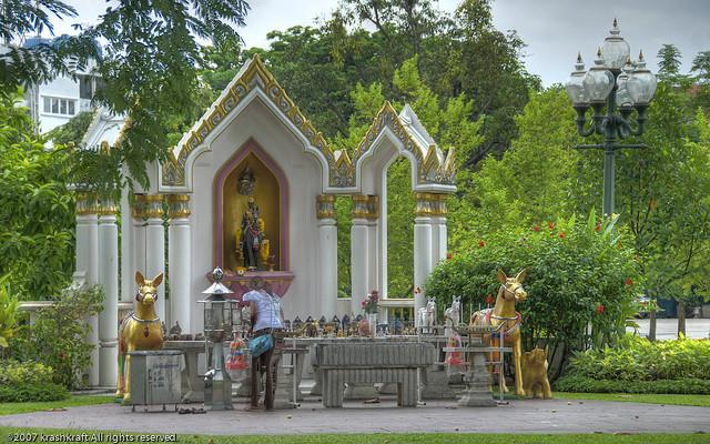 Tham quan cung điện Vimanmek, Thái Lan