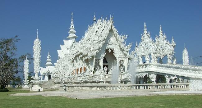 Độc đáo chùa Trắng ở Thái Lan