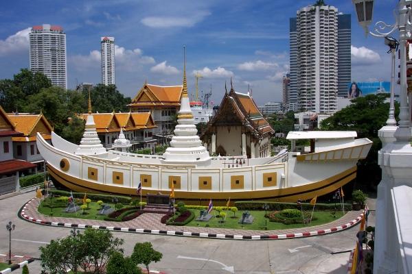 3 ngôi chùa hấp dẫn ở Bangkok