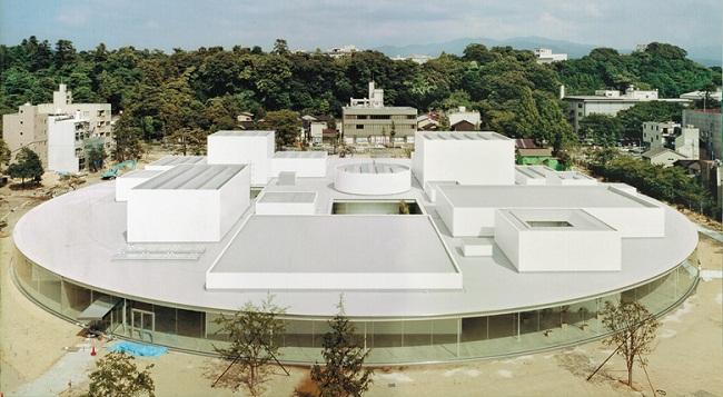 Bảo tàng đương đại Kanazaw