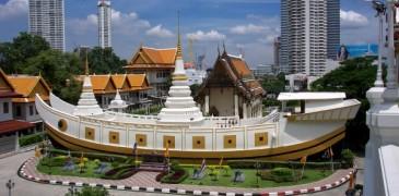 Ghé thăm chùa thuyền độc đáo giữa lòng Bangkok