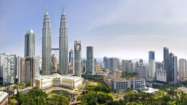 the-petronas-twin-towers-ng-hock-how