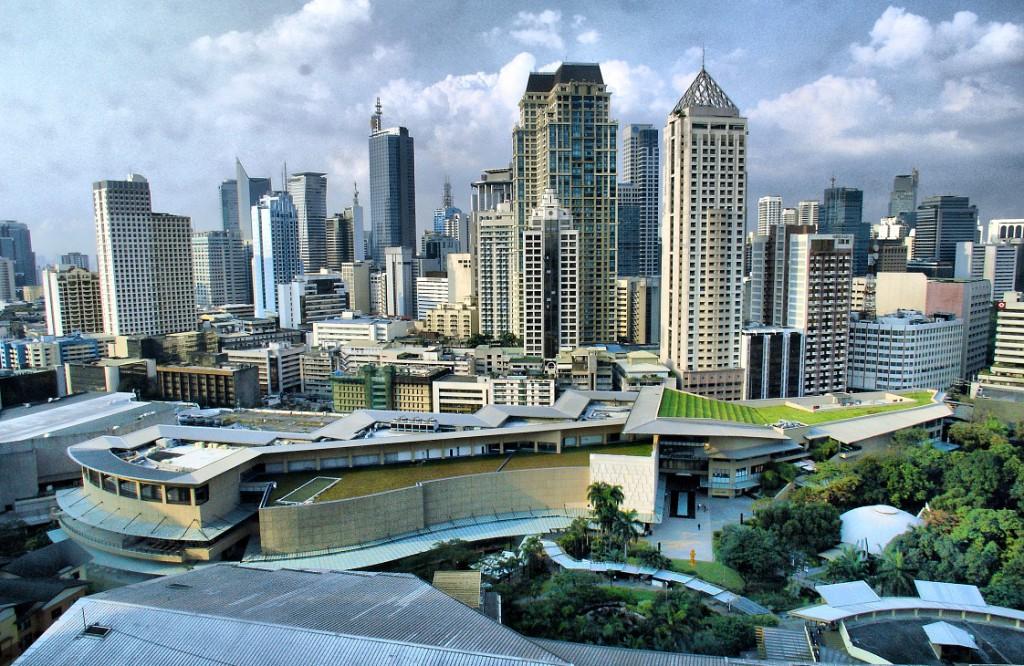 Slide+5_+Philippines_Manila-Skyline