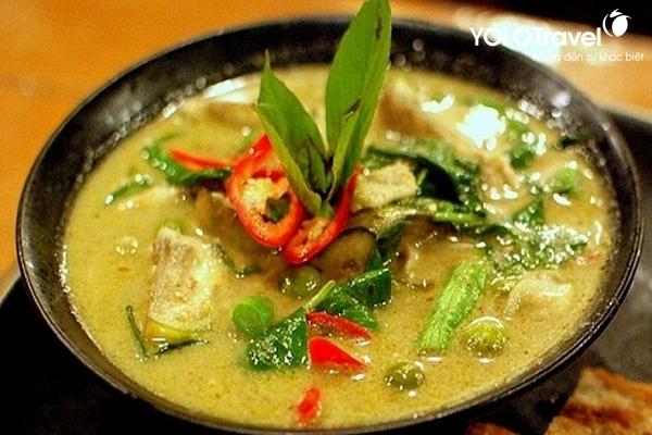 Du-lich-Thai-Lan-ca-ri-xanh-do2