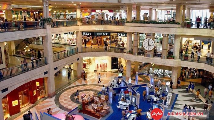 Jakarta không chỉ là trung tâm mua sắm lớn nhất Indonesia, mà còn rất nổi tiếng trong khu vực