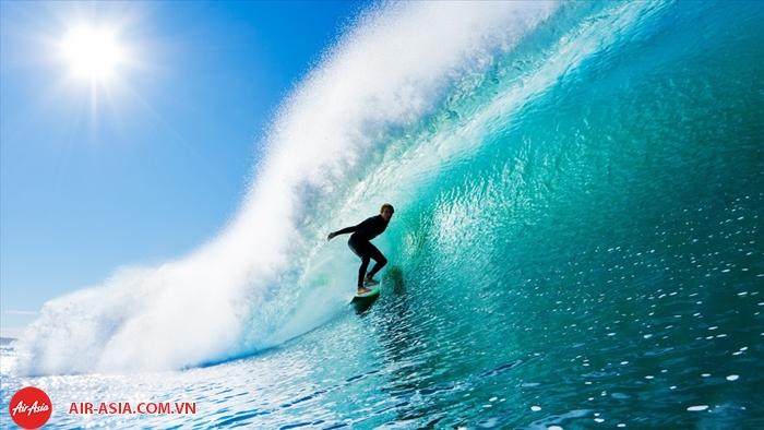 Lướt sóng ở Bali