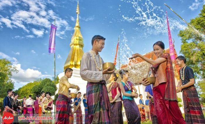 Lễ hội Tết té nước Songkran