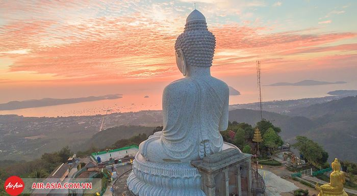 Ghé thăm Tượng Phật Lớn