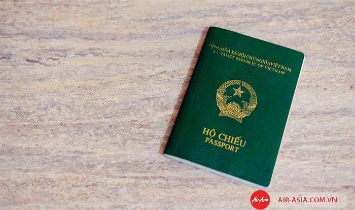 Làm hộ chiếu trước đó 1 tháng
