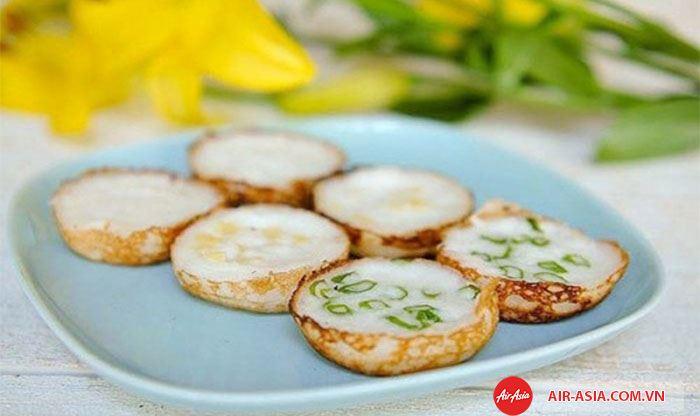 Bánh dứa nổi tiếng của Thái