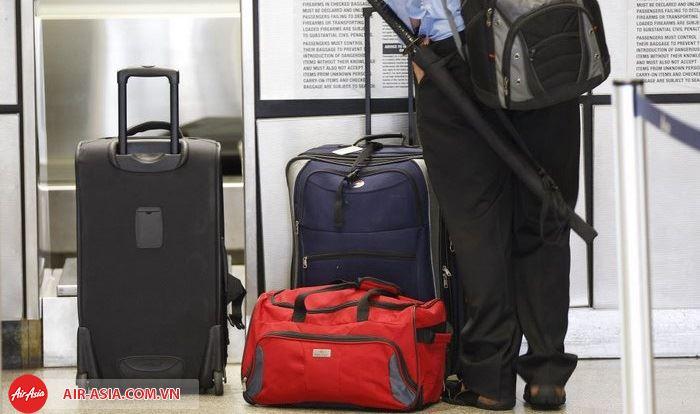 Hành lý Air Asia quá cước đều phải trả thêm phí