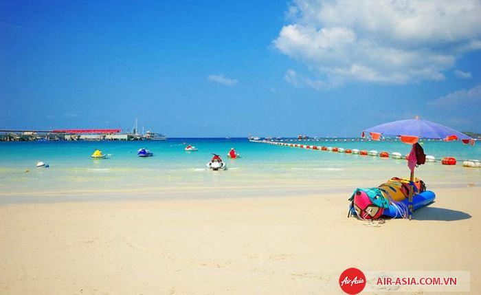 Nhiều bãi biển đẹp ở Koh Coral