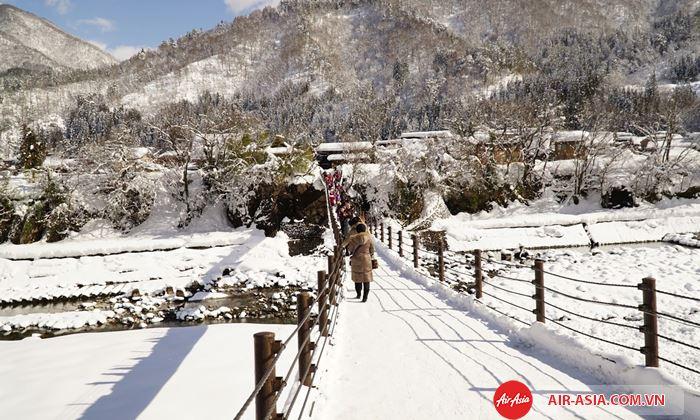 Những địa điểm đẹp nhất mùa đông Nhật Bản