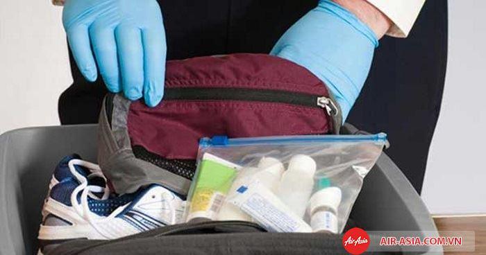 Kiểm tra hành lý trước khi chấp nhận vận chuyển lên máy bay