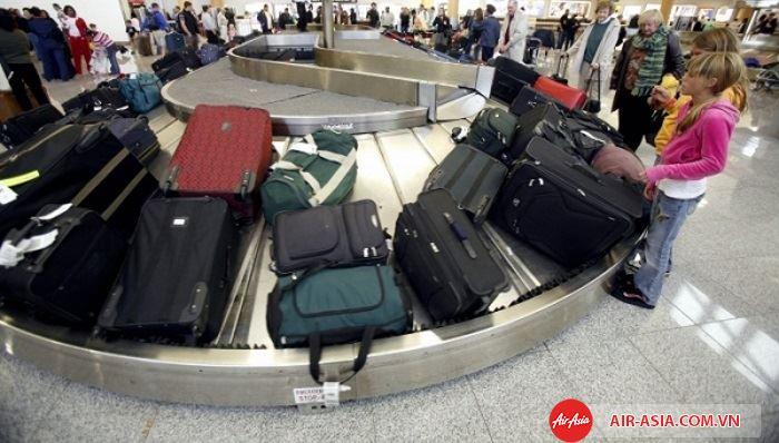 Hành lý bị hư hỏng do bạn hãng hàng không có quyền không bồi thường thiệt hại