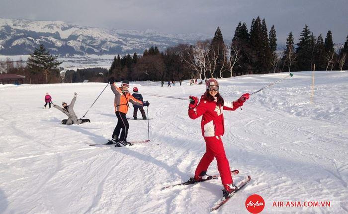 Mùa đông trượt tuyết ở Nhật Bản