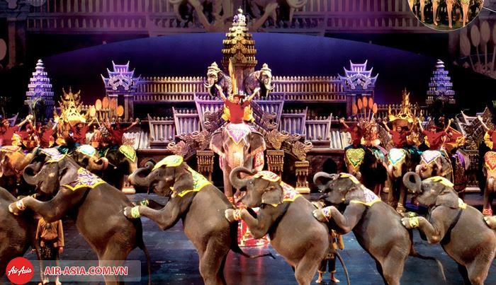 Xem các show diễn nổi tiếng tại Phuket