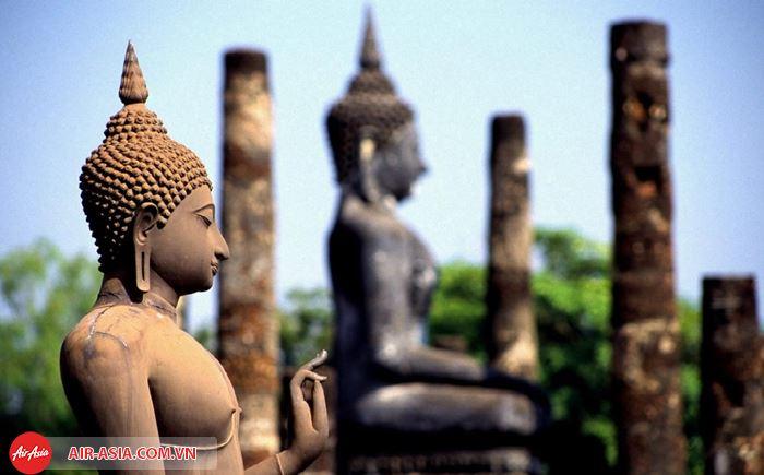 Ngôi chùa cổ Wat Mahathat