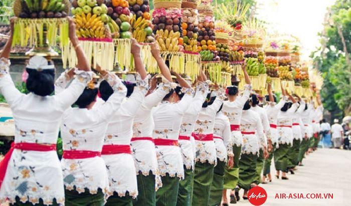 Lễ hội Galungan và Kuningan